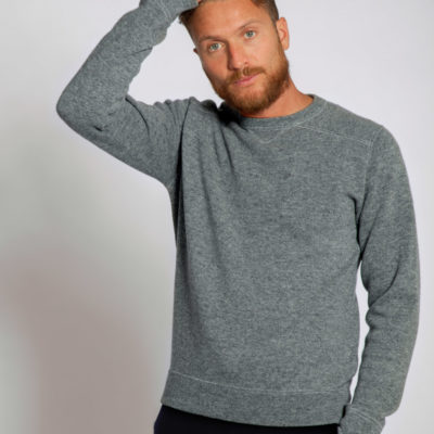 grey-cashmere-crewneck-sweater-arte-dei-mercatanti