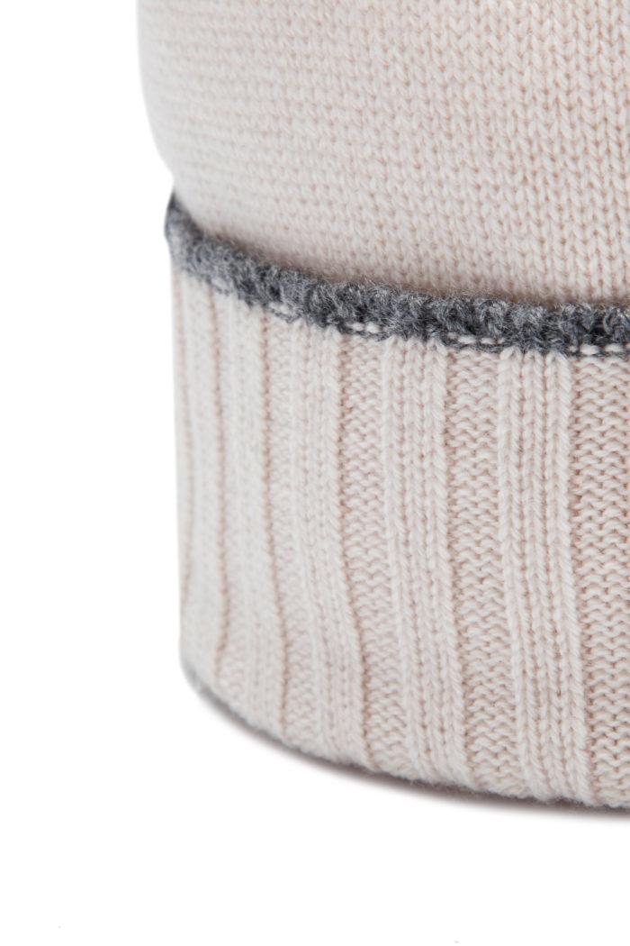 unisex-white-cashmere-cap-arte-dei-mercatanti